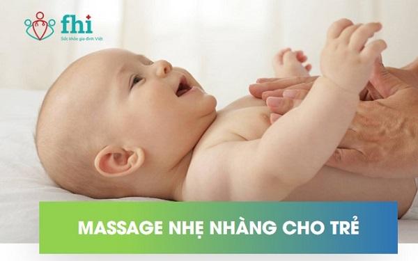 massage giúp trẻ sơ sinh bị nôn trớ